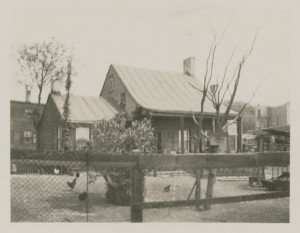 Charles Strang House, northeast corner of Broadway and Vernon Boulevard, 1923. Courtesy of the Queens Borough Public Library, Archives, Eugene L. Armbruster Photographs.