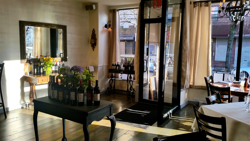 New Astoria Restaurant Trattoria Ora