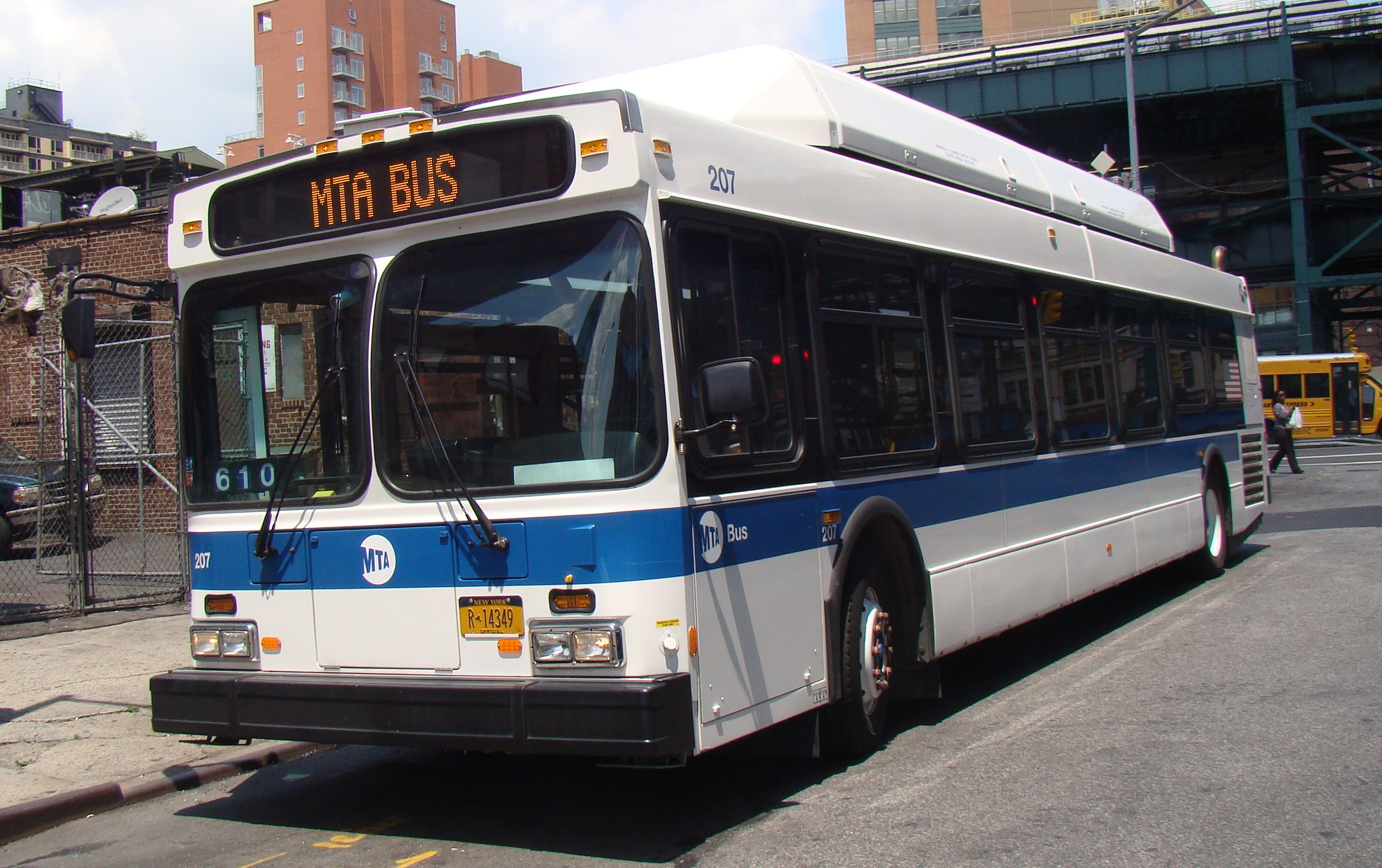 Free LaGuardia Link Q70 buses for Presidents Day Weekend